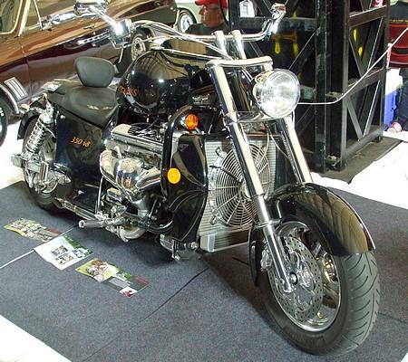 BOSS HOSS BHC3 ZZ4 350 V8 Motorcycle