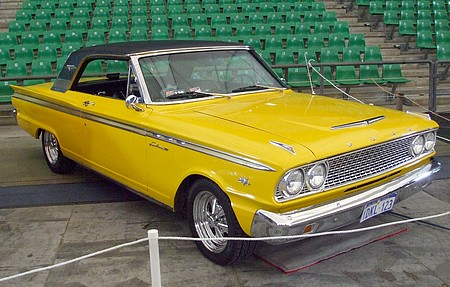 Ford Fairlane 500 with 260 V8