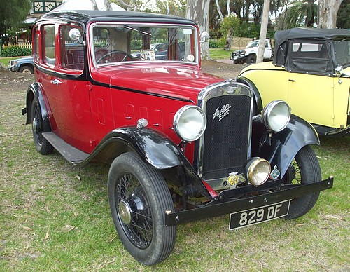 Austin Six Saloon