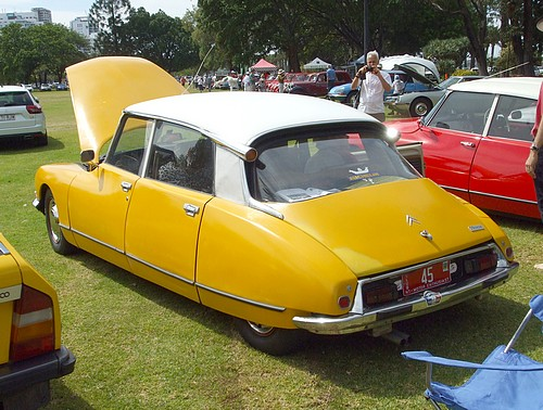 Citroen D Special rear view