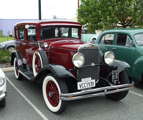 1930 Chrysler Series 66 Sedan