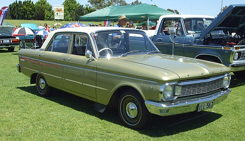 Ford XP Falcon