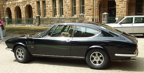 Side view of the black FIAT Dino 2400