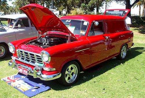 FC Holden australiana beach van
