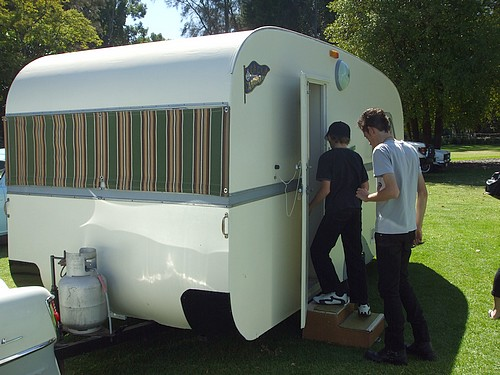 Don Cadet caravan