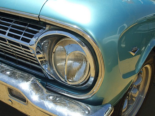 Ford XL Futura front lights