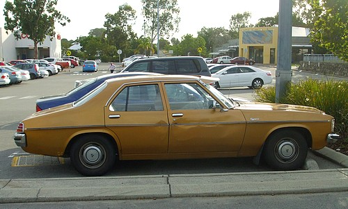 HX Holden Kingswood