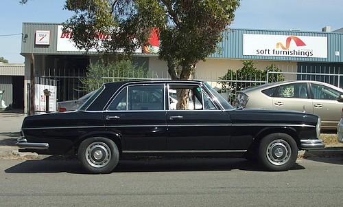 Mercedes 280SE Sedan
