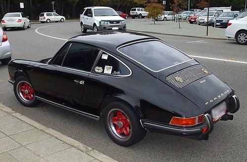 Black Porsche 911T