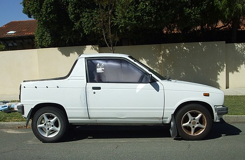 1987 White Suzuki Mighty Boy
