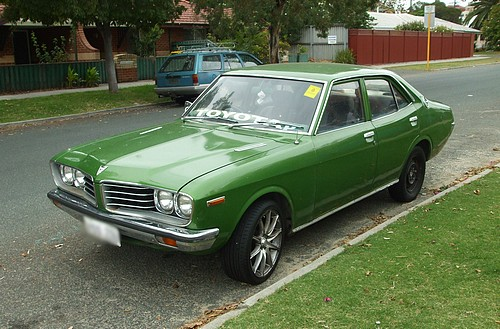 Green 1976 Toyota Corona mark II
