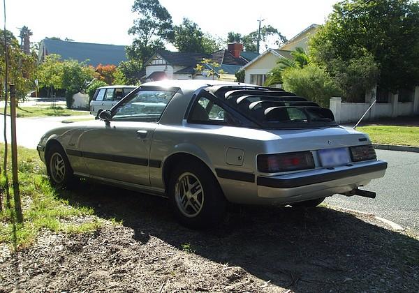 Silver Mazda RX7 SA22C