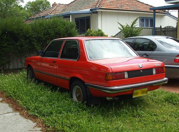 Red BMW 323i