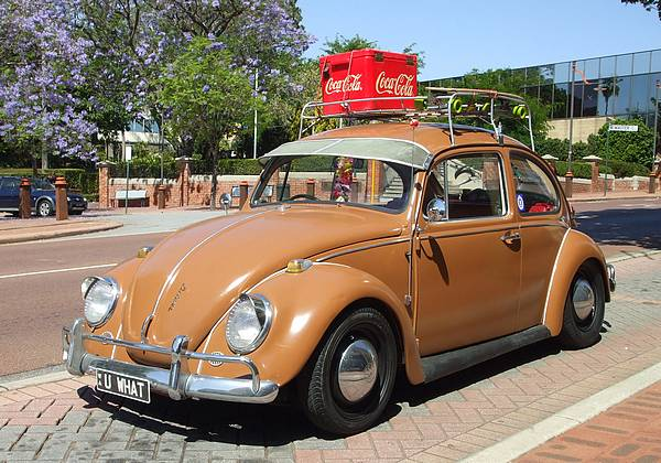 VW-beetle-deluxe1