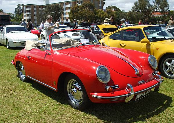 Red Porche 365b Super 90