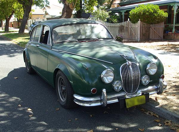 Green Jaguar Mk2. RatRod Jag maybe?