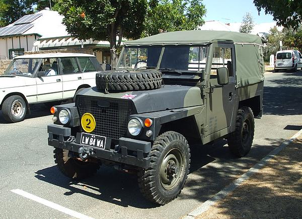 LandRover Short Wheel Base British Army Style