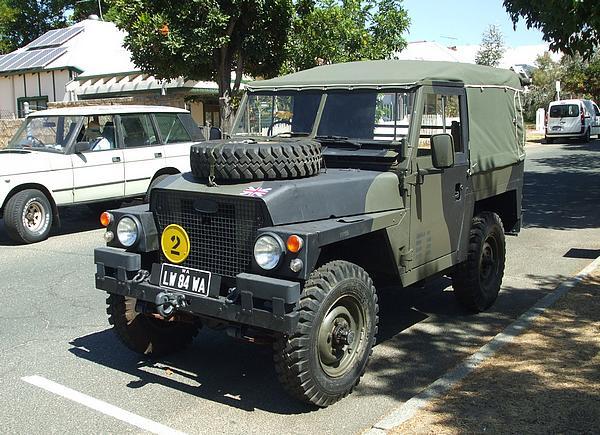LandRover Short Wheel Base British Army Style
