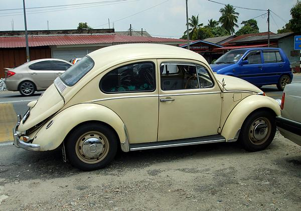 VW Beetle 1300 near Kota Bharu