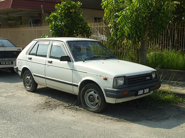 Toyota Starlet 1.3DX in Malaysia