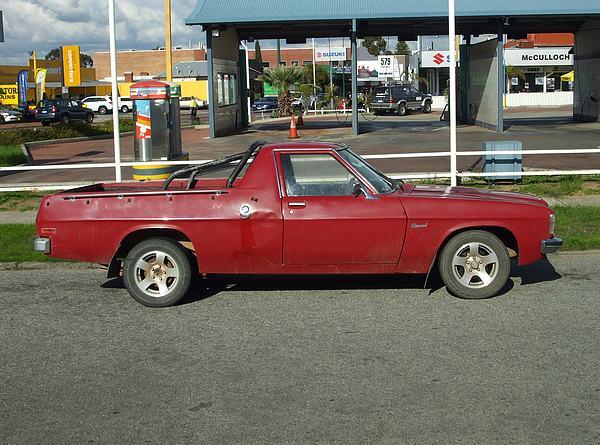 Red Holden HZ Kingswood Ute