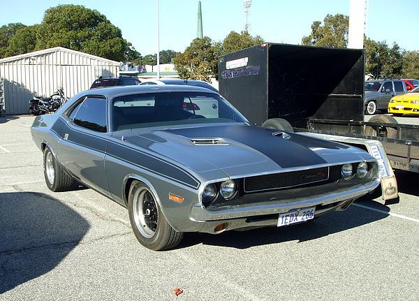 Silver & Black Dodge Challenger R/T