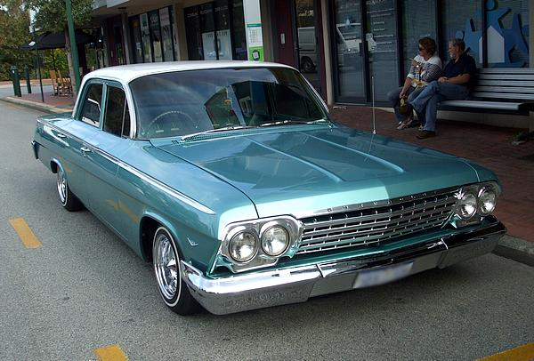 Light blue 1962 Chevrolet Bel Air