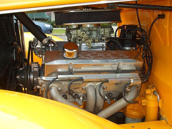 1930 Ford Model A Tudor Hot Rod engine