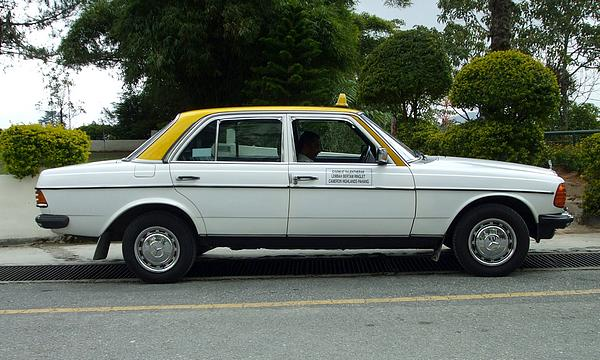 White Mercedes 200D Taxi Malaysia
