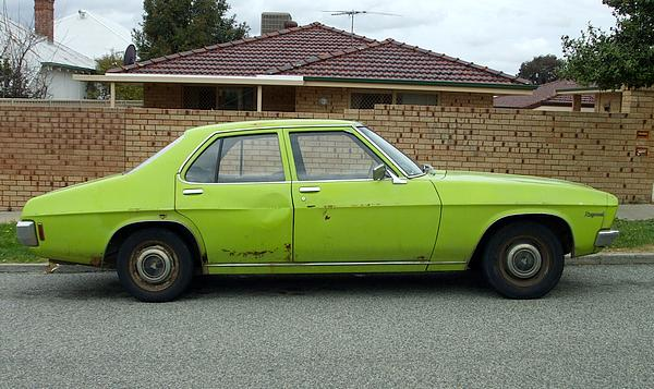 HQ Holden Kingswood 202 Trimatic lime green
