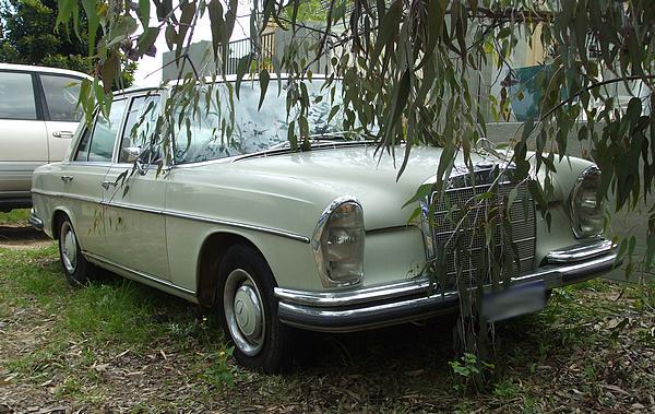 Mercedes 250S automatic