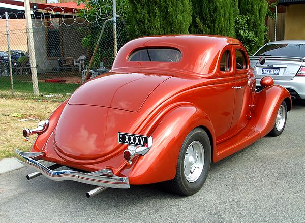1935 Ford Coupe Hot Rod