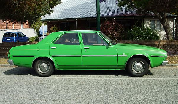 Green Leyland P76 Executive