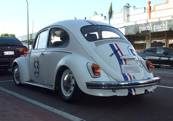 VW Beetle 1300. Number 53, Herbie replica.