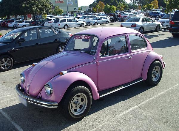 Pink VW Beetle 1500