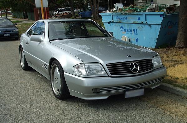 Mercedes 500SL silver