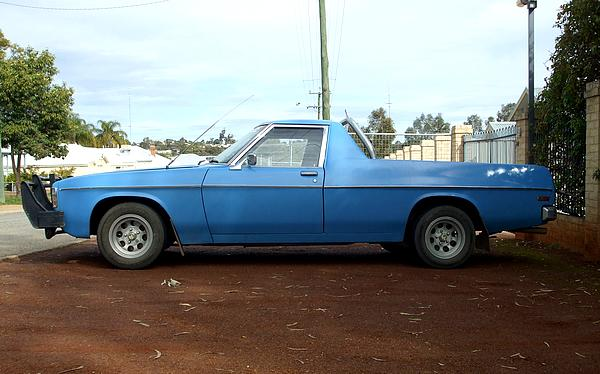 Blue HZ Holden Ute with roo bar