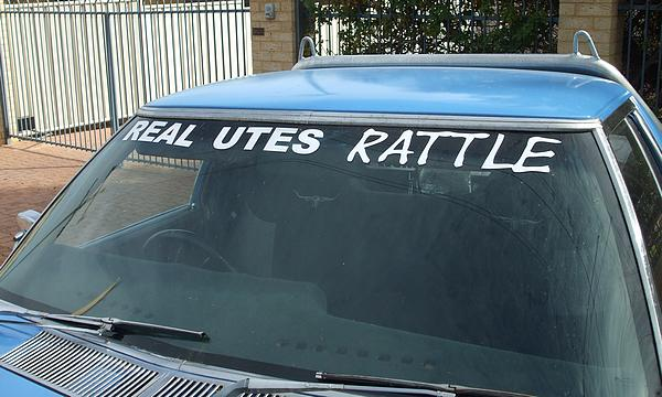 Real utes rattle. Blue HZ Holden Ute with roo bar