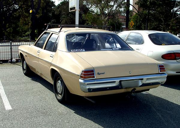 Holden HX Kingswood