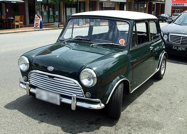 Green Morris Mini Cooper S
