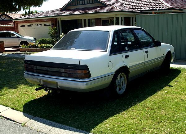 White Holden VL Commodore Calais