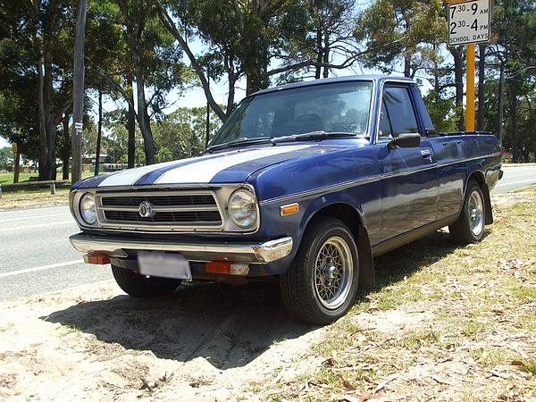 Blue Datsun 1200 Ute