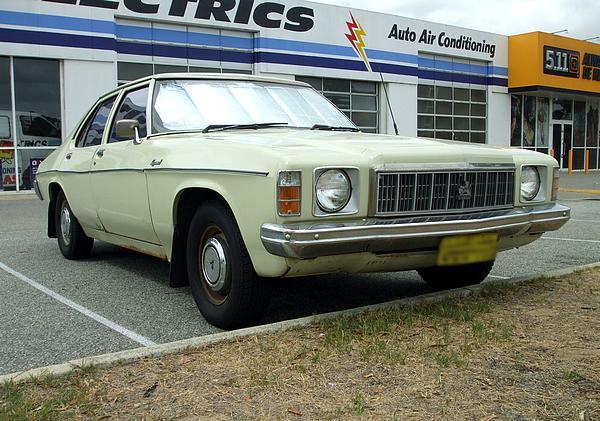 Cream Holden HX Kingswood