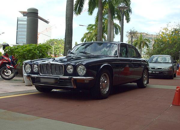 jaguarXJ1